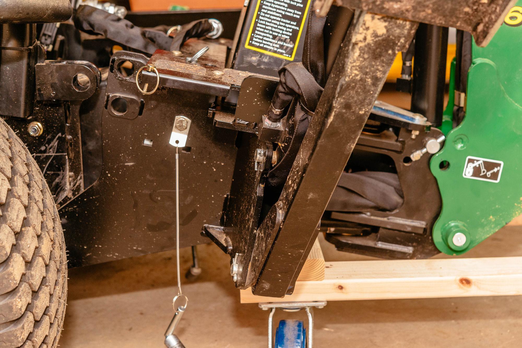 Building A Dolly For A John Deere 260 Backhoe Dan